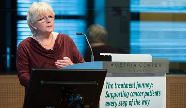 Trnitou cestou léčby: Podpora onkologických pacientů